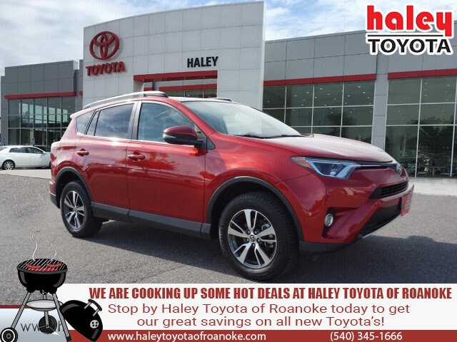Certified Pre-Owned 2017 Toyota RAV4 Barcelone Red - XLE