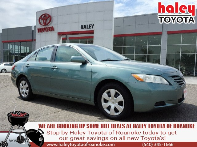 Pre-Owned 2007 Toyota Camry Green - LE