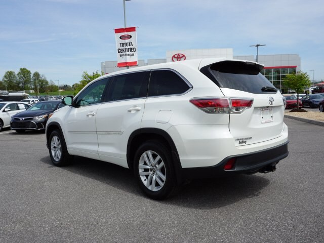 Certified Pre Owned 2016 Toyota Highlander White Le V6