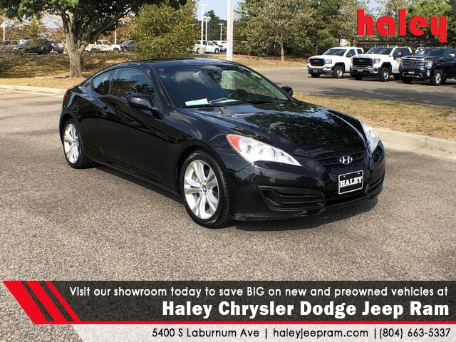 Genesis Coupe 2.0T >> Pre Owned 2011 Hyundai Genesis Coupe 2 0t Premium Rwd Door Coupe